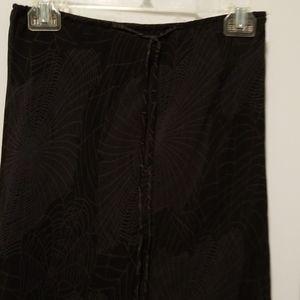 Spider web pattern skirt